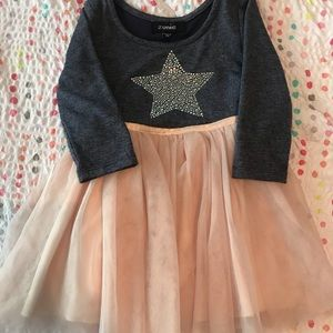 2t dress with quarter length sleeves